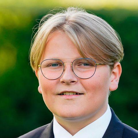 3. Dezember 2020  Prinz Sverre Magnus, der jüngste Sohn von Prinz Haakon und Prinzessin Mette-Marit, feiert heute seinen 15. Geburtstag. Zum Ehrentag veröffentlicht der norwegische Königshof ein weiteres Bild seiner diesjährigen Konfirmation (5. September). Auch wir wünschen dem Prinzen alles Gute!