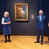 Nach dem zweiten Lockdown dürfen die britischen Museen endlich wieder öffnen. Grund genug, um für Charles und Camilla einen ersten Blick in die neuen Ausstellungen der National Gallery in London zu werfen.