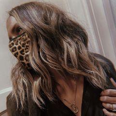 Halle Berry mag ihren Mund-Nasen-Schutz mit animalischem Leo-Look.