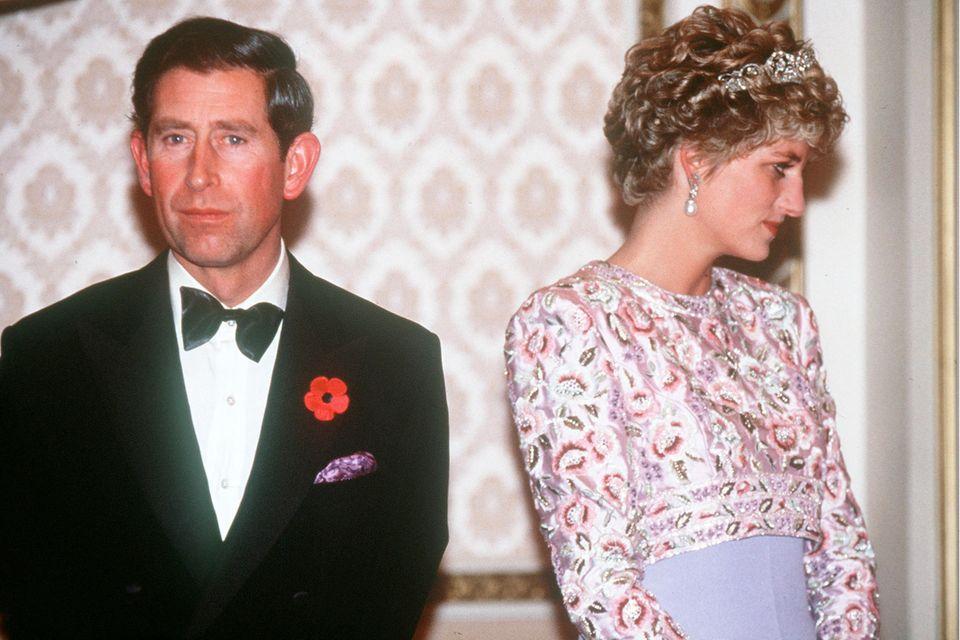 In Südkorea haben sich Prinz Charles und Prinzessin Diana nichts mehr zu sagen.
