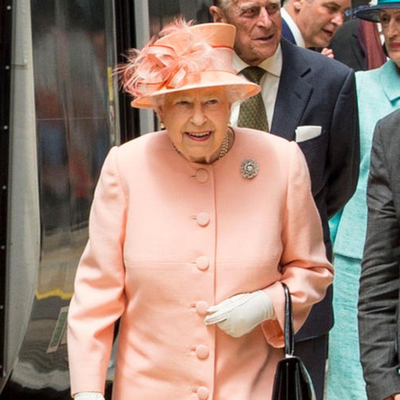 Queen Elizabeth + Royal Train