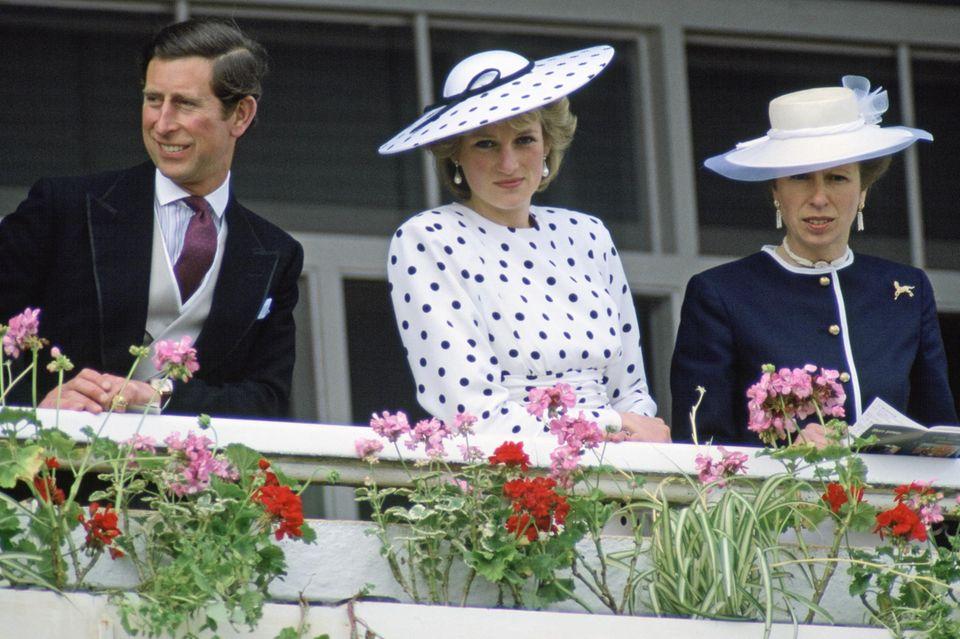 Prinz Charles, Prinzessin Diana und Prinzessin Anne