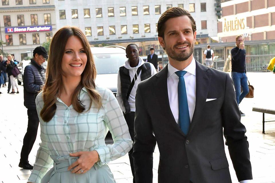 Hurra! Die Baby-Gerüchte sind wahr: Prinzessin Sofia und Prinz Carl Philip von Schweden erwarten ihr drittes Kind.