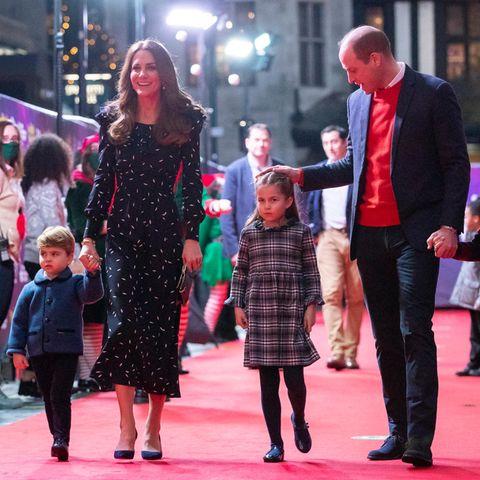 Die Familie Cambridge auf dem roten Teppich.