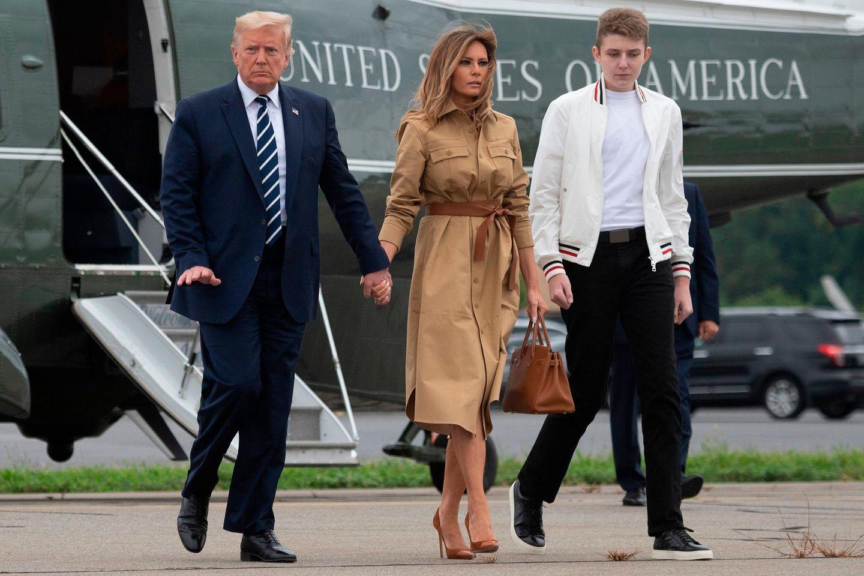 Donald, Melania + Barron Trump