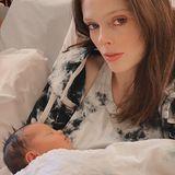 Coco Rocha und James Conran  Model Coco Rocha und EhemannJames Conran sind zum dritten Mal Eltern geworden. Stolz teilt sie diesen zuckersüßen Schnappschuss auf Instagram.