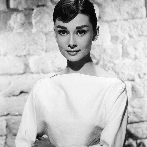 Stilikone: 5 Stil-Geheimnisse, die wir uns von Audrey Hepburn abgucken