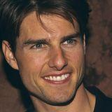 """1990: Tom Cruise   Der junge Tom wird 1990 mit dem Titel bedacht, damals sprang er allerdings auch noch nicht bei Oprah auf dem Sofa herum und warb für Scientology, sondern drehte Blockbuster wie zum Beispiel """"Tage des Donners""""."""