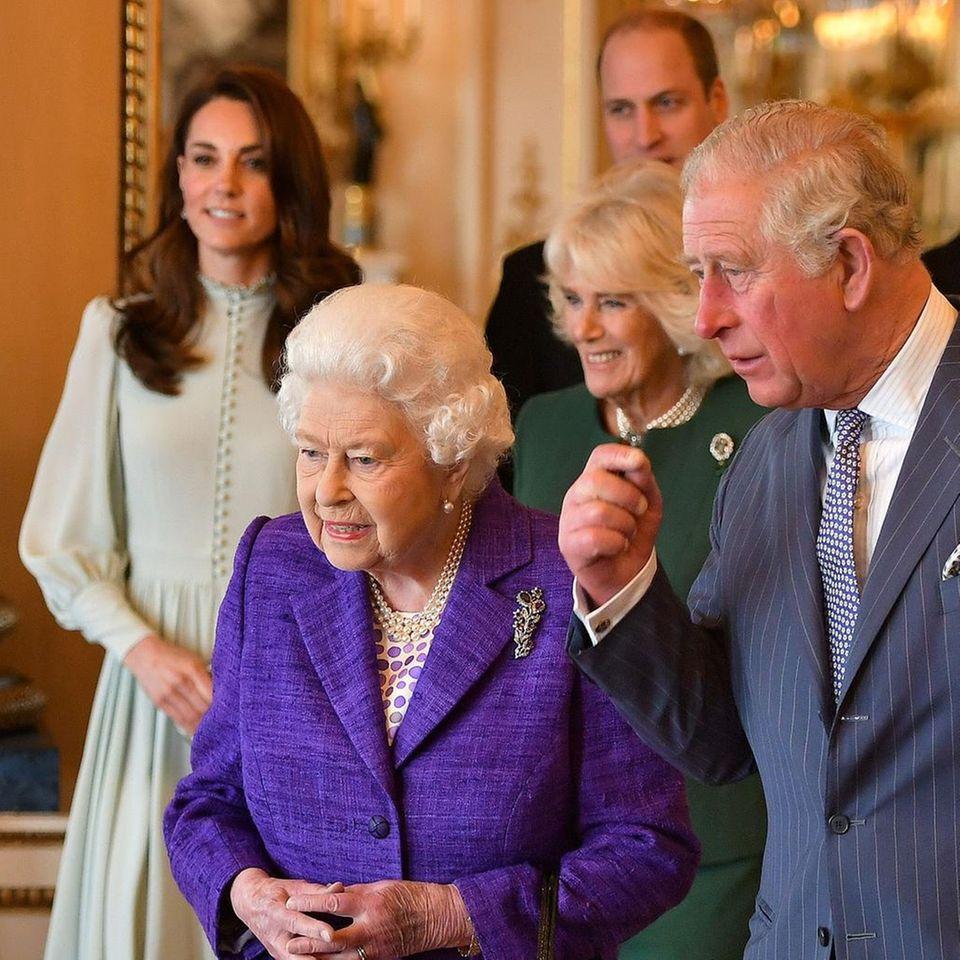 Queen Elizabeth und ihrer Familie.