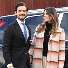 """Prinz Carl Philip verriet im Jahresrückblick """"Året med Kungafamiljen"""" im schwedischen TV – mehr oder minder aus Versehen – den Spitznamen, den er für seine Frau Prinzessin Sofia hat. Er berichtete von ihrem Einsatz während der Coronapendemie, erzählte, dass seine """"Fia"""" im Krankenhaus Sophiahemmet aushilft."""