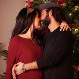 """Massimo Sinató bedankt sich bei seiner Frau Rebecca Mir für das """"schönste Weihnachtsgeschenk"""". Das Paar freut sich auf ihr erstes gemeinsames Kind."""