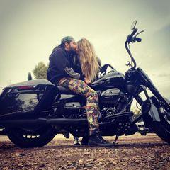 2. Januar 2021  Heidi Klum und Tom Kaulitz unternehmen ihre erste Motorradtour in diesem Jahr.