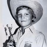 """Matthew McConaughey  Schon mitca. 8 Jahren hat der heutige Hollywood-Star und Oscar-Preisträger mit seinem Lächeln die Herzen höher schlagen lassen, nicht umsonst wurde er als süßer Cowboy 1977 zum """"Little Mr. Texas"""" gekürt."""