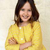 Prinzessin Josephine von Dänemark feiert am 8. Januar 2021 ihren 10. Geburtstag. Zu diesem Anlass veröffentlicht das Königshaus diese wundervollen neuen Porträts der jüngsten Tochter des Kronprinzenpaars. Mit verschränkten Armen und verschmitztem Lächeln posiert sie in einem gelben gepunkteten Zweiteiler für FotografFranne Voigt. Die strahlenden blauen Augen hat sie von Papa Frederik geerbt.