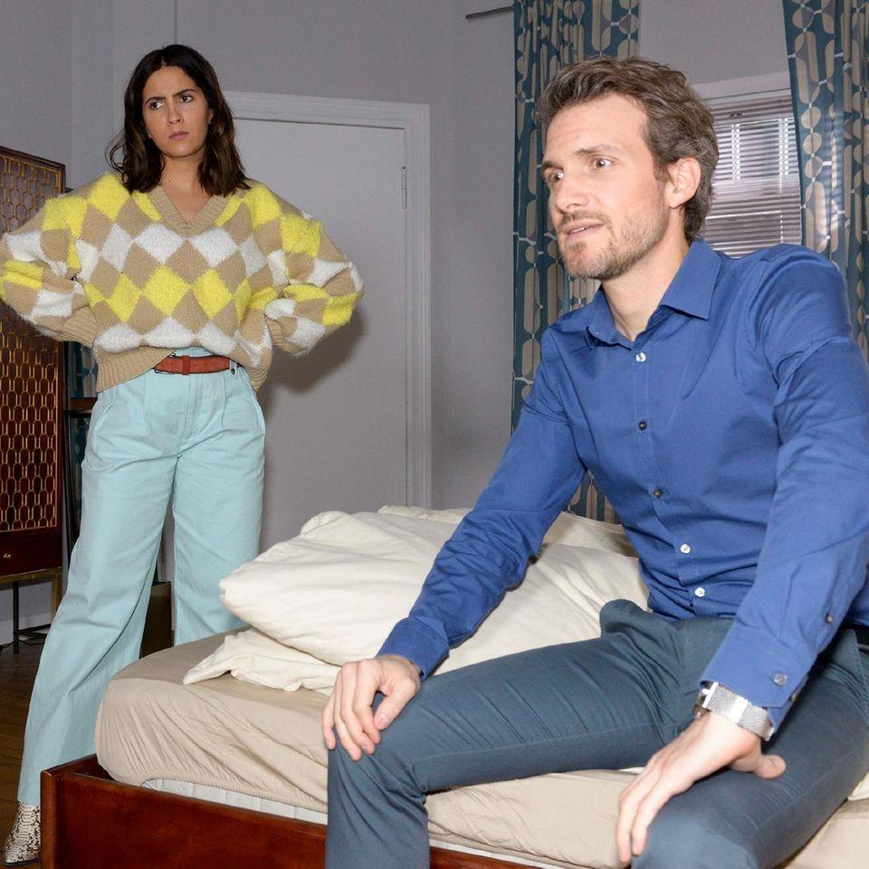 Laura (Chryssanthi Kavazi) und Felix (Thaddäus Meilinger)
