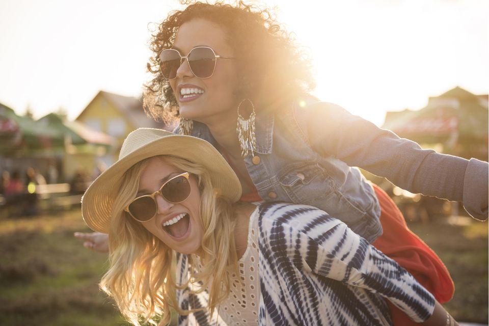 Frauen mit guter Laune
