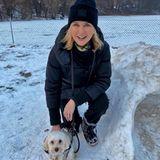 Auch bei Kälte und Schnee geht Veronica Ferres liebend gerne mit ihrem Hund spazieren.