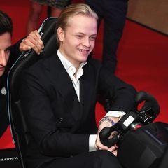 Bei der Aftershowparty der Brit-Awards in London im Februar 2018 tobt sich der Sohn von Mette-Marit am Formel-E-Simulator aus.