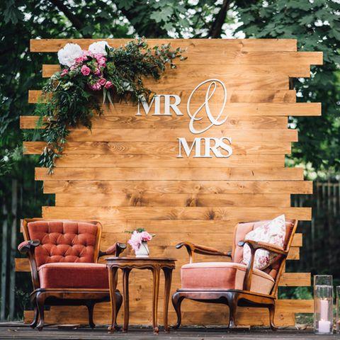 Hölzerne Hochzeit: Was das Jubiläum bedeutet und wie es gefeiert wird