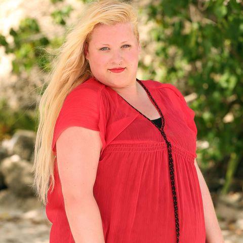 """2013 schaffte esAline Bachmann während der TV_Casting-SHow """"Deutschland sucht den Superstar"""" bisin die Recalls nach Curacao. Damals wog die Blondine knapp 200 Kilogramm. Nach der Trennung ihres Freundes entschloss sie sich den Kilos den Kampf anzusagen."""