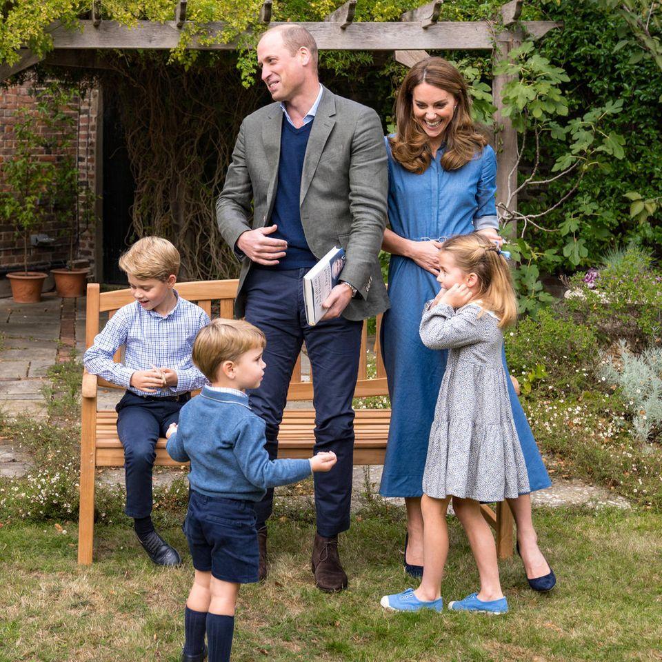 Prinz William, Prinz George, Prinz Louis, Herzogin Catherine und Prinzessin Charlotte