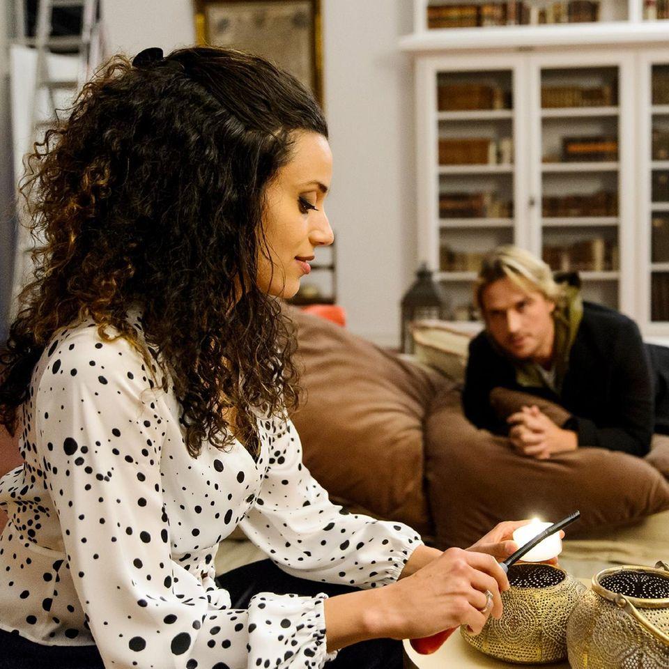 """Malu (Lisandra Bardel) und Finn (Christopher Kohn) bei """"Alles was zählt"""" (auf RTL und TVNow)"""