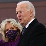 Wie gut, dass Joe Biden seine Frau Jill an der Seite hat. Die beiden lernten sich 1975 bei einem Blinddate kennen, das der Bruder des Demokraten organisierte. Im Juni 1977 gaben sich die Lehrerin und der Politiker das Jawort. 1981 kam ihr erstes und einziges Kind Ashley zur Welt.