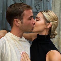 Amore mio: den zärtlichen Moment in Mailand mit ihrem Herzblatt Mario möchte Ann-Kathrin Götze am liebsten für immer festhalten. Das ist ihr mit ihrem Throwbackfoto definitiv gelungen.