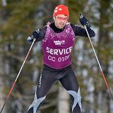 20. Februar 2014  Als Mitglied des Olympischen Komitees probiert Prinz Frederik von Dänemark die Langlaufpist im russischen Sochi selbstverständlich auch selber aus.