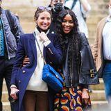 Nach der Show von Fendi posieren die Supermodels für die Fotografen.