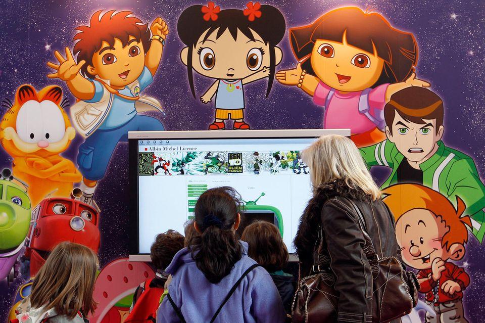 Bis zu vier Stunden verbringendeutsche Kinder täglich vor dem Fernseher.(Quelle: Statista)
