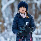 Prinzessin Estelle kennt übrigens auch die Schattenseiten des Wintersports: Um den Jahreswechsel 2019/2020 hatte sich die Achtjährige beim Skifahren in den Alpen das Schienbein gebrochen. Zum Glück ist alles wieder heile.