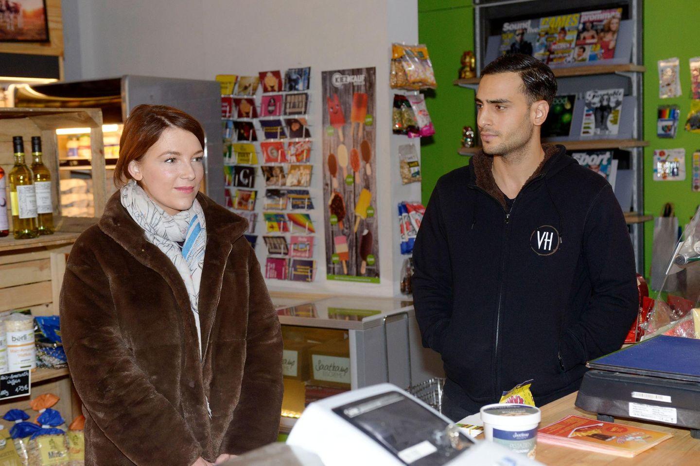 """Lilly (Iris Mareike Steen) undNihat (Timur Ülker). Alle Folgen von """"GZSZ"""" sehen Sie bei TVNOW."""