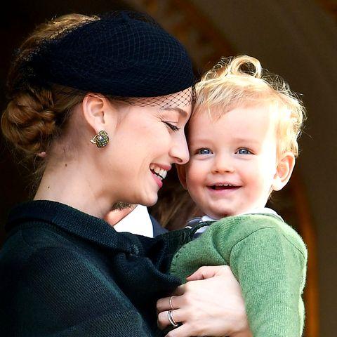 Beatrice Borromeo kuschelt mit ihrem Sohn Francesco.