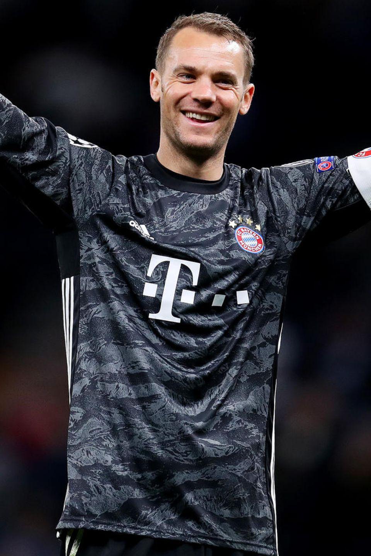 Manuel Neuer Steckbrief Bilder Biografie Promi De 7