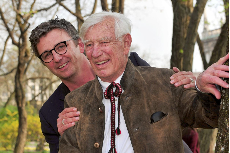 Die Schauspieler Siegfried Rauch (†85) und Hans Siglam 03.April 2017 bei Rauchs Geburtstagsempfangin München