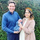 Gestatten, das ist August Philip Hawke Brooksbank, Sohn von Prinzessin Eugenie und ihrem Mann Jack. Der Kleine wurde am 9. Februar 2021 geboren, und mit diesem schönen Bild, aufgenommen von der Hebamme der Familie, stellen ihn die stolzen Eltern nurder Welt vor.