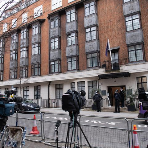 """16. Februar 2021  Prinz Philip befindet sich in der PrivatklinikKing Edward VII's Hospital in London- laut Palast eine """"Vorsichtsmaßnahme"""", ersolle sich dort für mehrere Tage unter Beobachtung der Ärzte erholen. Der 99-Jährige hatte sich zuvor angeblich mehrere Tage lang unwohl gefühlt, heißt es."""