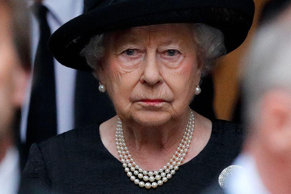 Queen Elizabeth verliebte sich in Prinz Philip, als sie 13 Jahre alt war. Nun hat sie ihre große Liebe verloren.