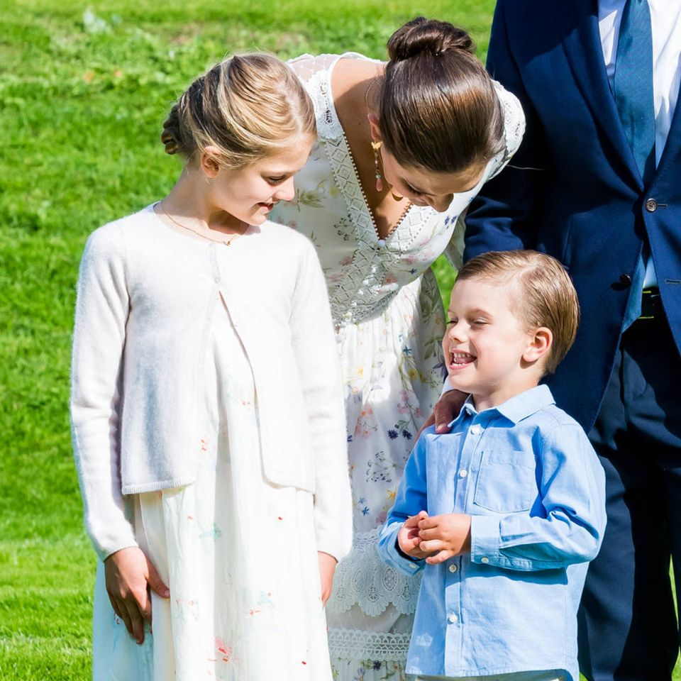 Prinzessin Estelle, Prinzessin Victoria, Prinz Oscar und Prinz Daniel