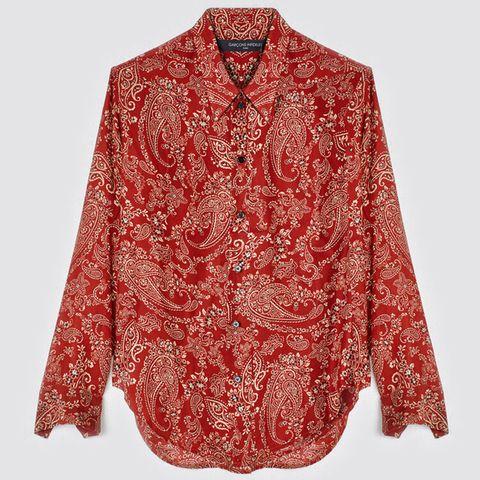 Die perfekte Bluse für den Frühling shoppen wir in diesem Jahr beim französischen Label Garçon Infideles. Die Unisex-Bluse mit angesagtem Paisleymuster ist aus 100% Seide und wird lokal in Frankreich hergestellt. Was wollen wir mehr? Von Garçon Infideles, ca. 510 Euro.