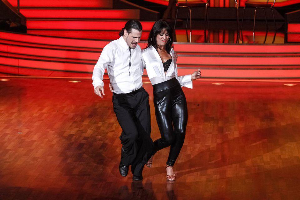 """Manuel Cortez und Melissa Ortiz-Gomez beim RTL """"Let's Dance""""-Finale in Köln, das er 2013 gewann."""