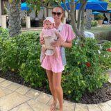 Noch nicht mal ein Jahr ist Töchterchen Serena alt, doch Mama Tamara Ecclestone zeigt ihr schon jetzt die (Luxus-)Welt. Beim Dauerurlaub in Dubai genießt die Familie den Sonnenschein und zahlreiche Annehmlichkeiten, die man für Geld so kaufen kann.