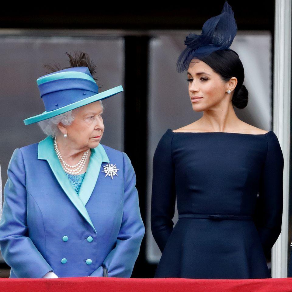 Queen Elizabeth mit Herzogin Meghan und Prinz Harry