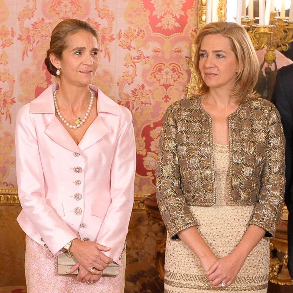 König Felipe und Ehefrau Letizia, Infantin Elena und Infantin Cristina mit Ehemann Iñaki Urdangarin