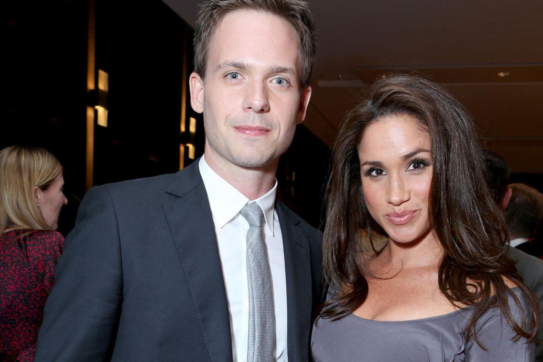 Patrick J. Adams und Herzogin Meghan sind seit über zehn Jahren befreundet. Er war auch zu Gast bei der Hochzeit mit Prinz Harry.