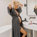 """Model Karolina Kurkova erwartet ihr drittes Kind. Auf Instagram verrät die Blondine nun das Babygeschlecht: Es wird ein Mädchen. Und der Name steht auch schon fest. Sie wirdLuna Grace heißen. """"Der Name hat eine ganz besondere Bedeutung, denn ihre zwei Brüder haben ihn ausgesucht"""", verrät Kurkova auf Instagram."""