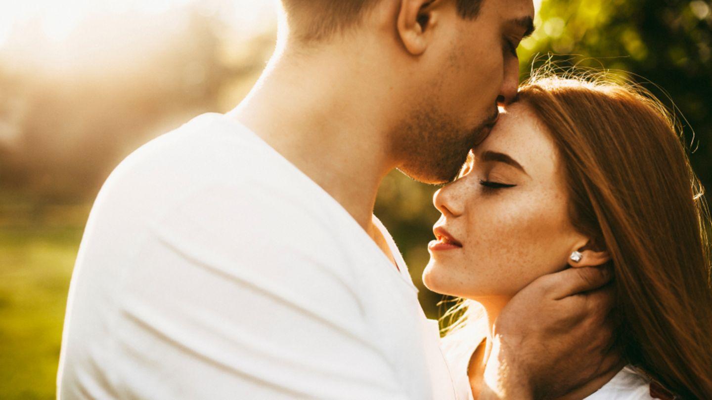 Die auf stirn kuss bedeutung Kuss auf