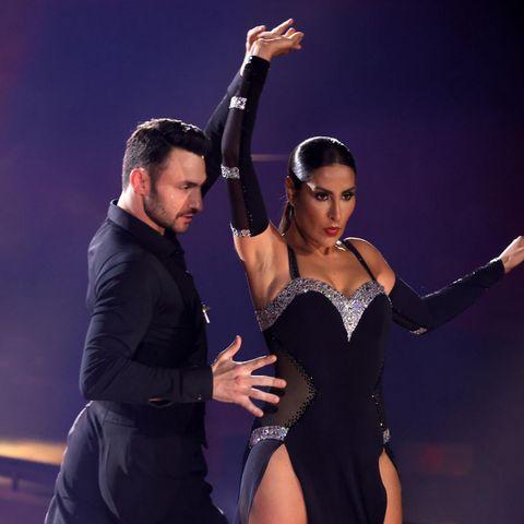 """Robert Beitsch und Senna Gammour tanzen Tango in der ersten """"Let's Dance""""-Show (Freitag, 5. März 2021)."""