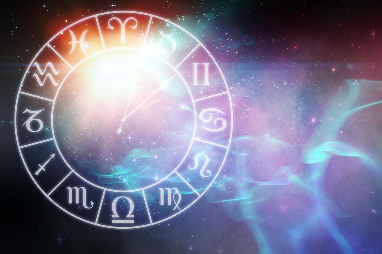 Welche Sternzeichen machen sich zurzeit zu viele Gedanken?